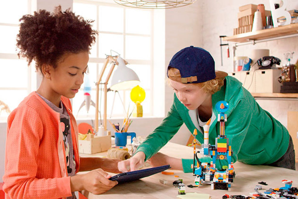 Lego's Robot Helps Younger Kids Learn How To Code