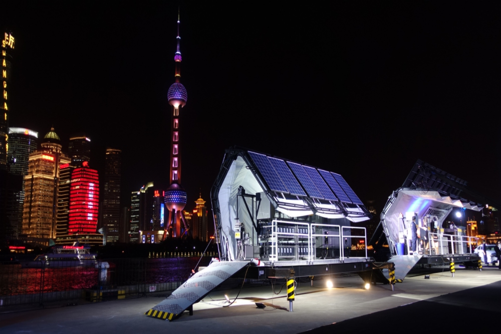 Trashpresso_Solar Powered_Mobile Up-Cycling Plant_China_PSFK.png.jpg